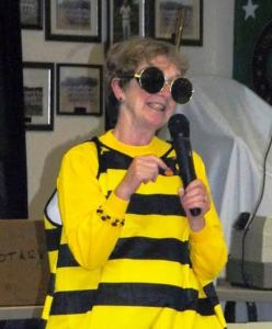 Silly BEE (1)